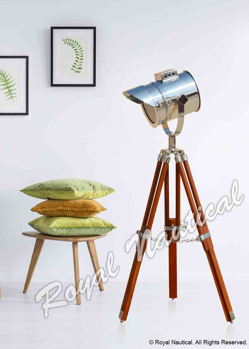 Chrome Finish Adjustable Cap Light with Brown Stand Spot Light