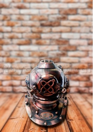 Royal Vintage Gift Diving Helmet