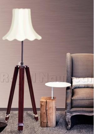 Vintage Style Tripod Table Lamp